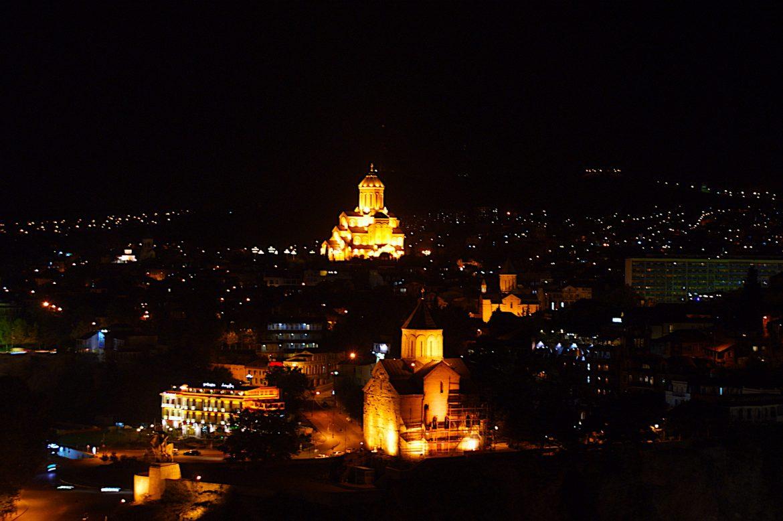 Sambeda Kirch bei Nacht