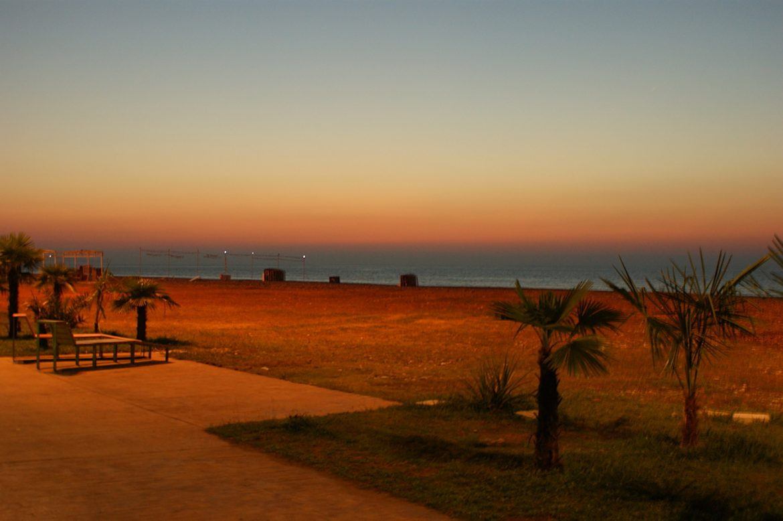 Batumi Sonnenuntergang am Strand