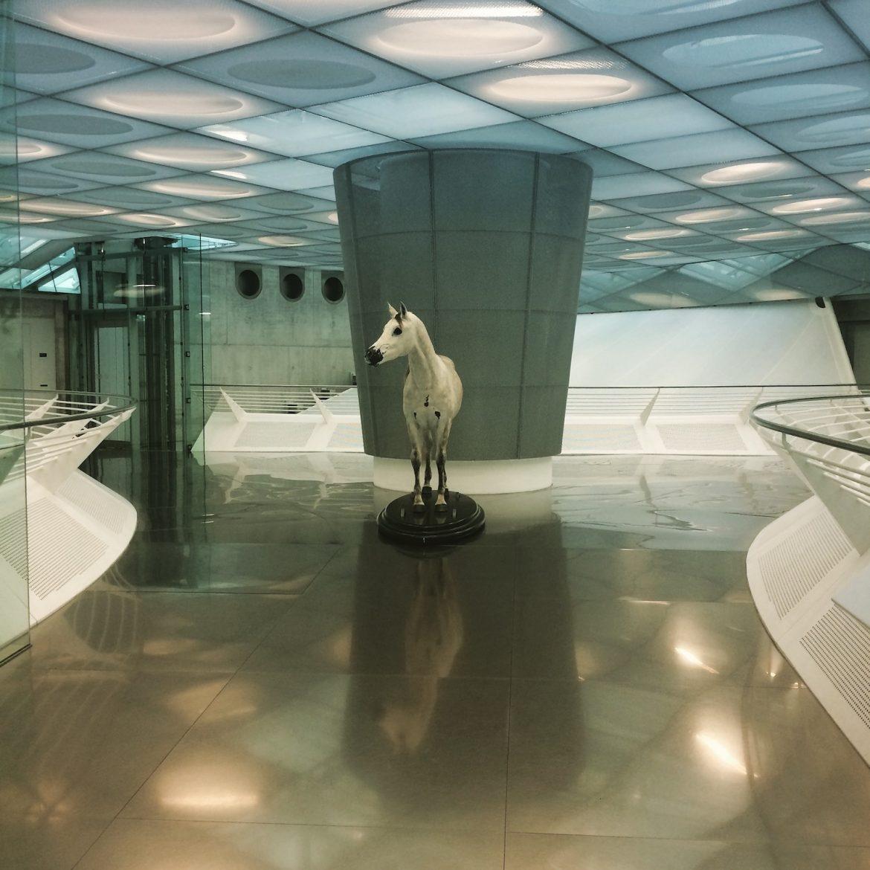 Mercedes Benz Museum Pferd