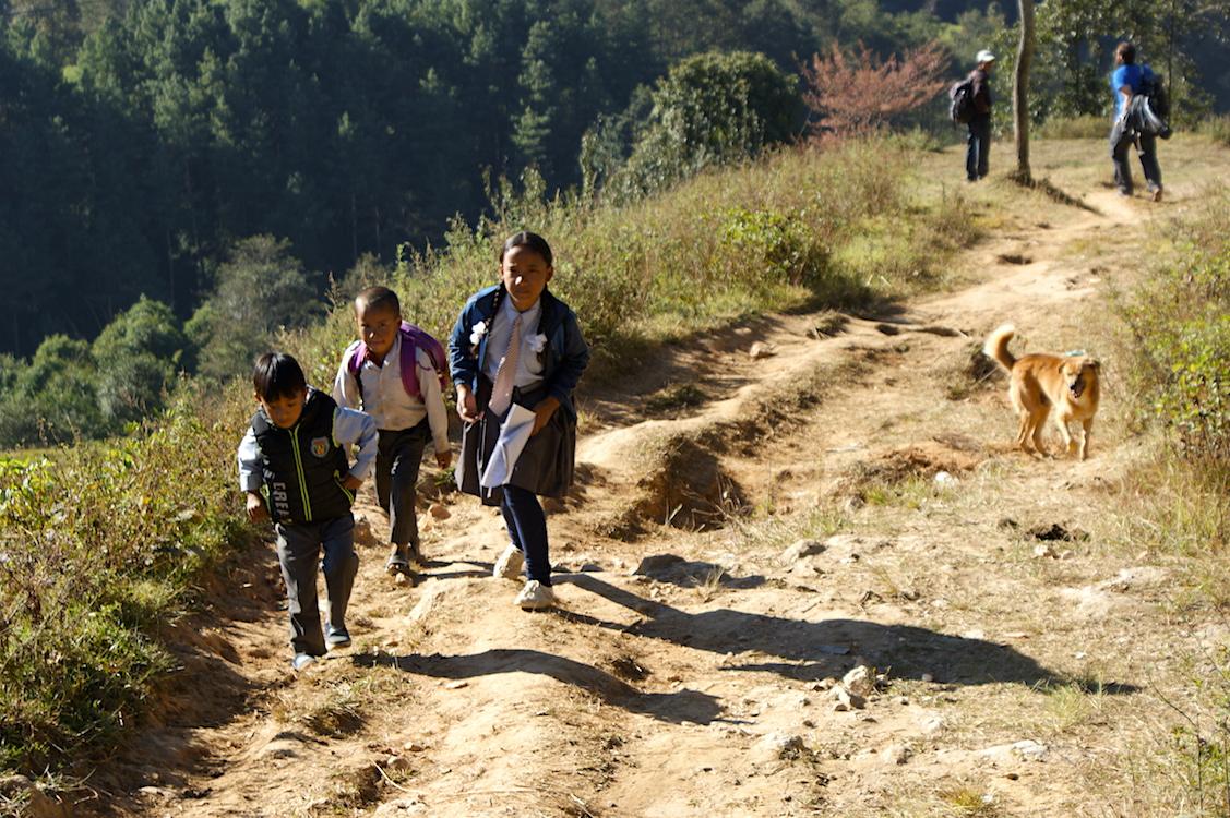 Kinder in Nepal