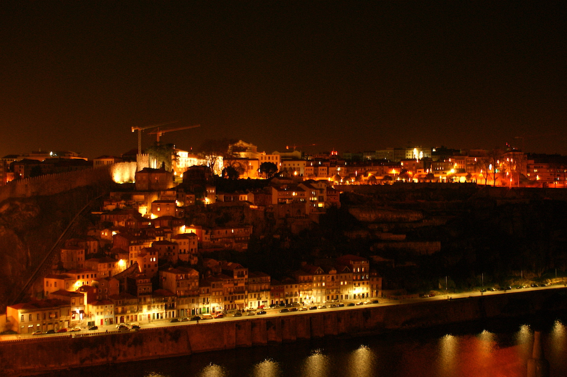 Vila Nova de Gaia by Night